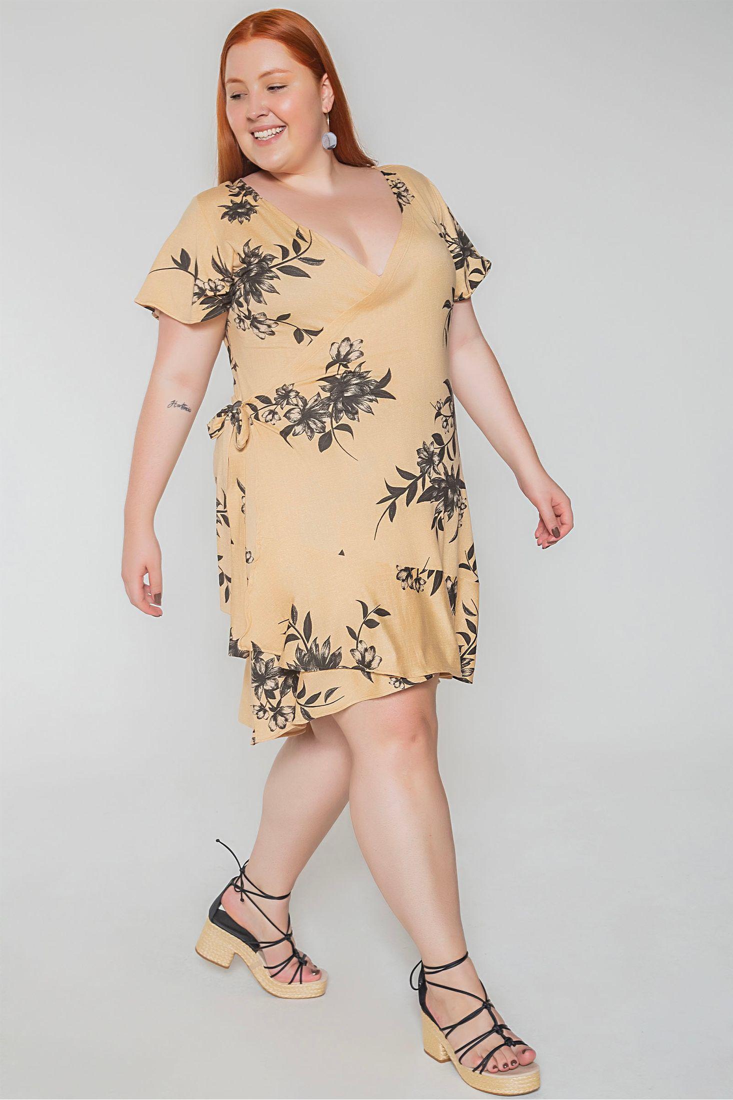 Vestido-transpassado-floral-plus-size_0008_2
