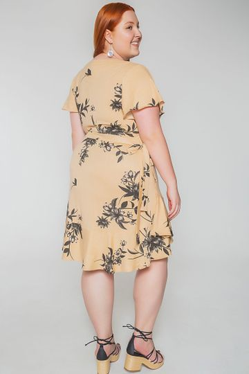Vestido-transpassado-floral-plus-size_0008_3