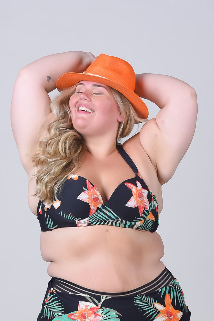 Top-biquini-com-bojo-estampado-plus-size