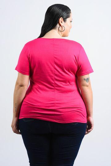 T-shirt-com-estampa-localizada-plus-size_0027_3