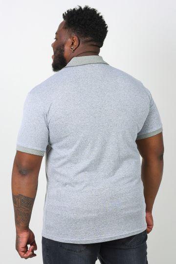 Camisa-polo-gola-e-punhos-lisos-plus-size_0011_3