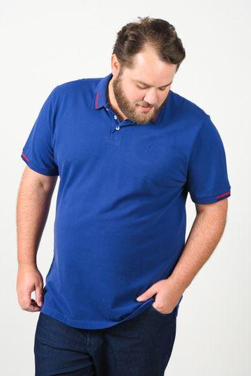 Camisa-polo-masculina-com-frizo-na-gola-e-punhos-plus-size