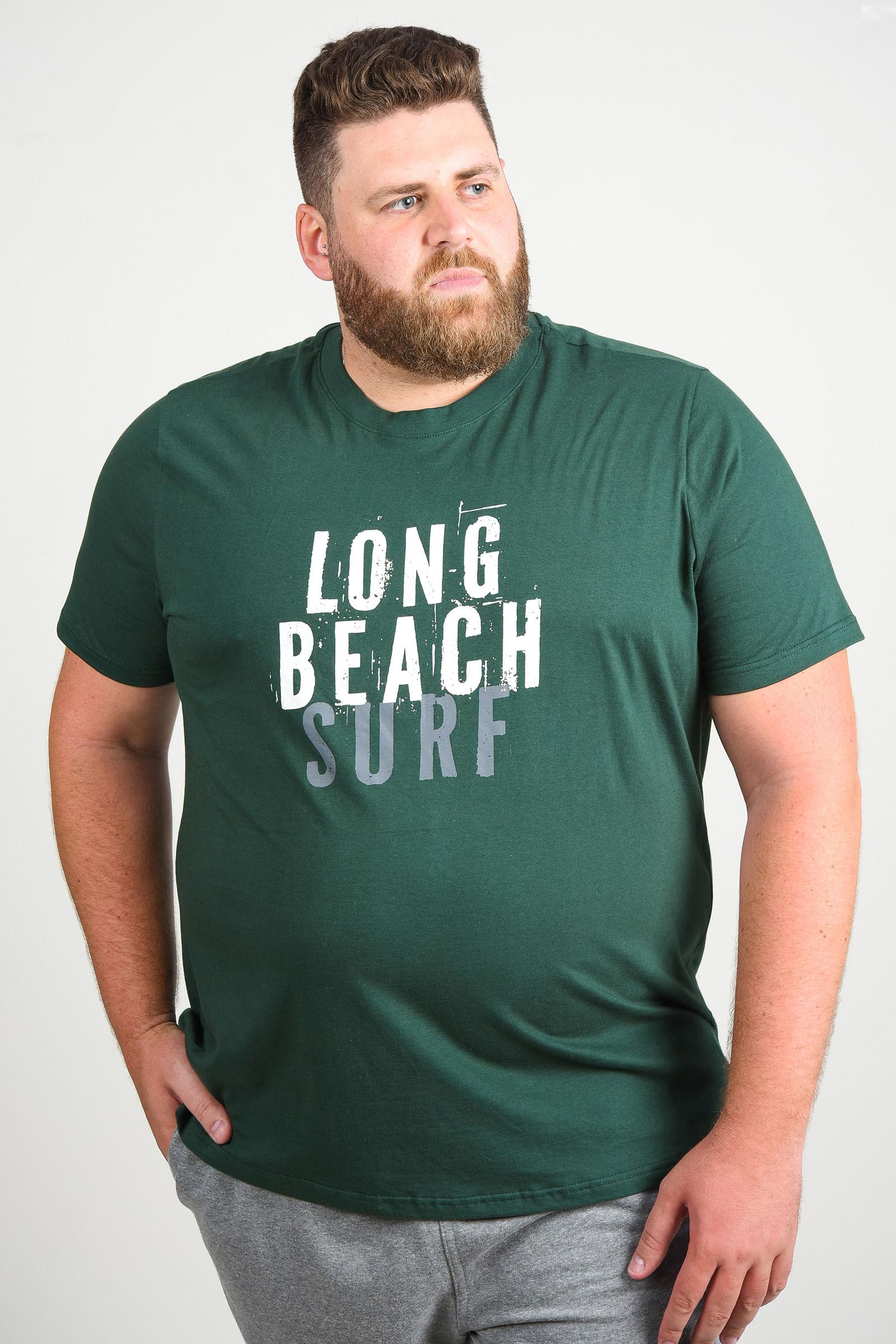 Camiseta com estampa long beach plus size verde militar