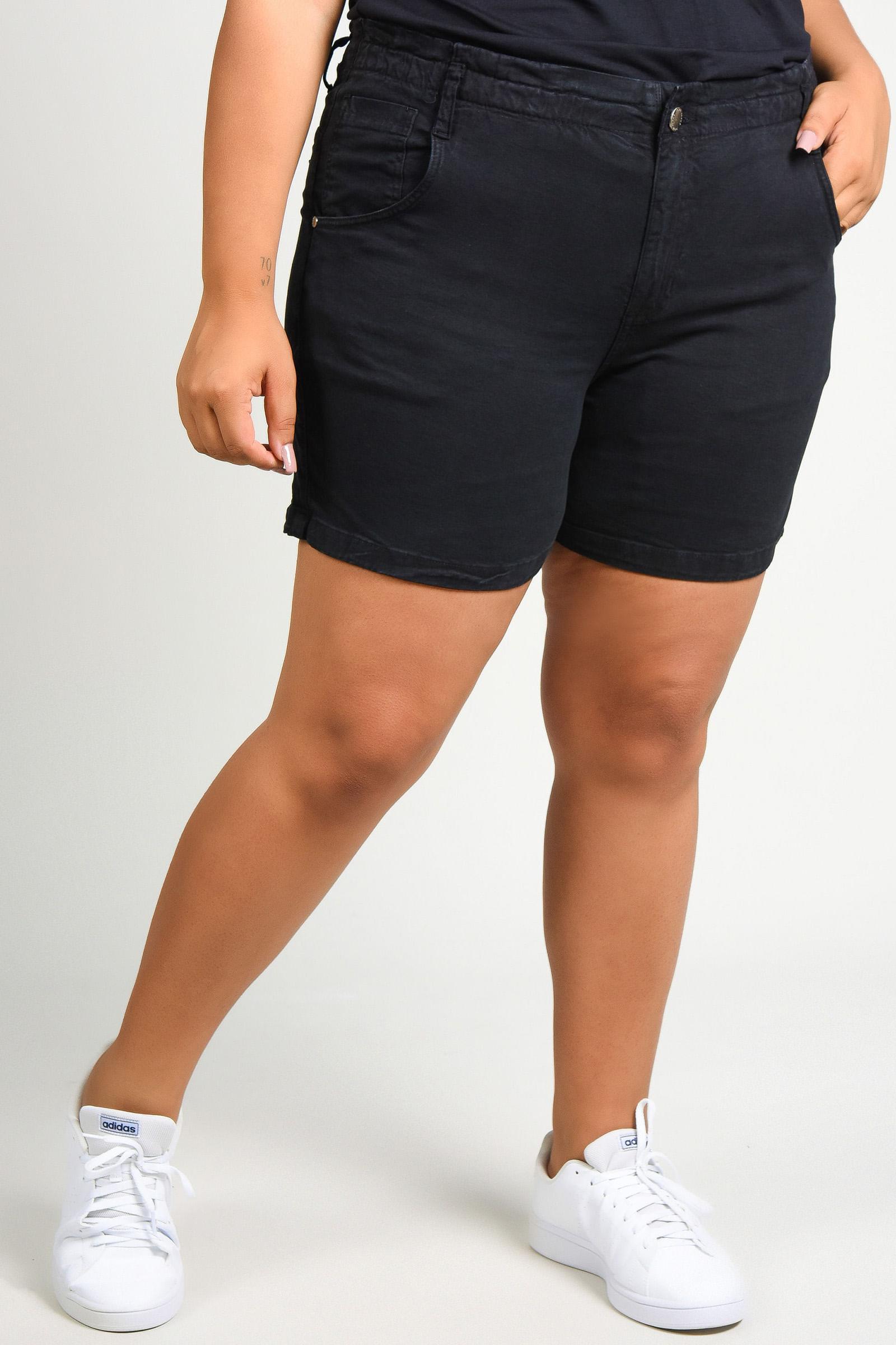 Shorts de sarja com elastano plus size preto