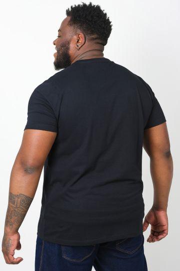 Camiseta-com-estampa-na-frente-plus-size_0026_3